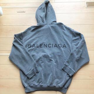 Balenciaga - バレンシアガBALENCIAGA 長袖パーカー バックロゴ 女性にも