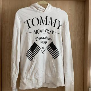 トミー(TOMMY)のTOMMYのパーカー(パーカー)