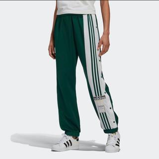 アディダス(adidas)のパンツ(ワークパンツ/カーゴパンツ)