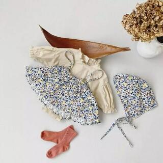 【新品未使用】韓国子供服 花柄キャミ ロンパース ボンネット3点セット(ロンパース)