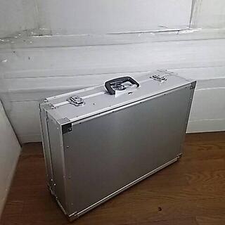 D47661 FIRST-POINT アルミトランク・アルミケース