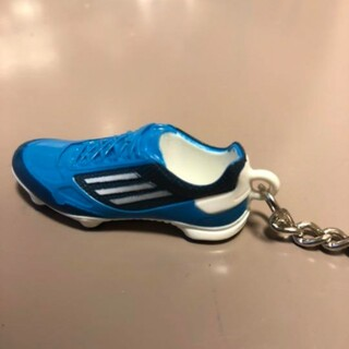 アディダス(adidas)の【非売品・新品】アディダス シューズ型キーホルダー(記念品/関連グッズ)