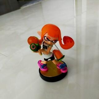 ニンテンドースイッチ(Nintendo Switch)のスプラトゥーン amiibo ガール オレンジ(ゲームキャラクター)