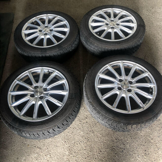 グッドイヤー(Goodyear)のラクティス用スタッドレスタイヤセット16インチ(タイヤ・ホイールセット)