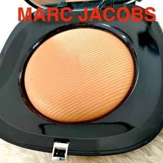 マークジェイコブス(MARC JACOBS)の【マークジェイコブス】ファンデーション パーフェクション パウダー(ファンデーション)