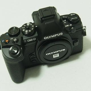 OLYMPUS - 値下げ オリンパスOM-D E-M1ボディー美品
