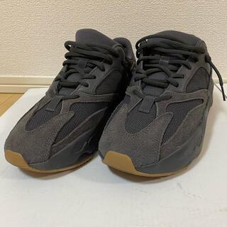 アディダス(adidas)のadidas Yeezy Boost 700 Utility Black(スニーカー)