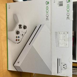 エックスボックス(Xbox)のXbox One S  1TB 本体コントローラーセット(家庭用ゲーム機本体)