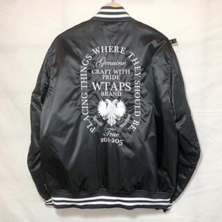 ダブルタップス(W)taps)のwtaps 刺繍 スタジャン ヘラルドリー ロゴ パーカー ジャケット アウター(スタジャン)