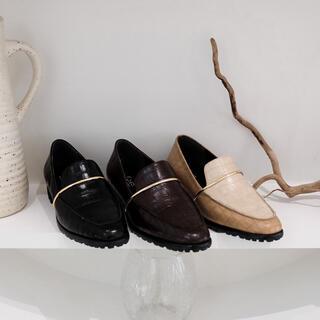 ミラオーウェン(Mila Owen)の新品 Cara tokyo クラシックローファー 22.5cm カーラトウキョウ(ローファー/革靴)