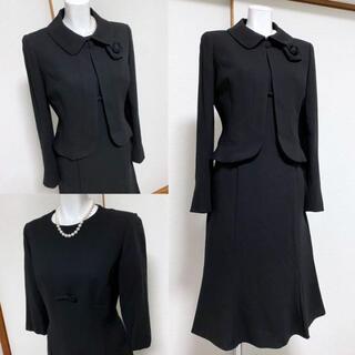 ◎ 【美品】STELLA CROSS高級喪服コサージュ付き礼服スーツ(礼服/喪服)