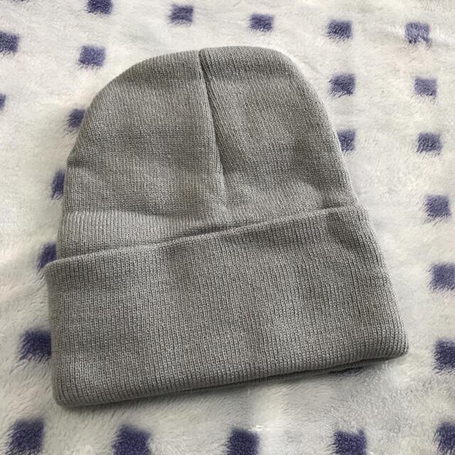 STUSSY(ステューシー)の【新品・未使用】stussy ステューシー ニット帽 グレー メンズの帽子(ニット帽/ビーニー)の商品写真