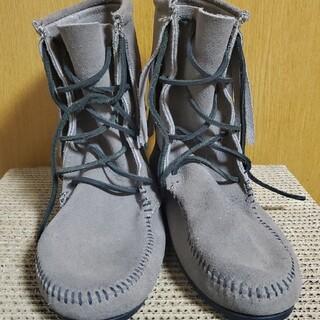 ミネトンカ(Minnetonka)のMINNETONKA ミドル丈ブーツ(ブーツ)