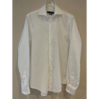 ザラ(ZARA)のZARA 白シャツ ワイドスプレッド 格子状の織り柄 大きめのL トルコ製 美品(シャツ)