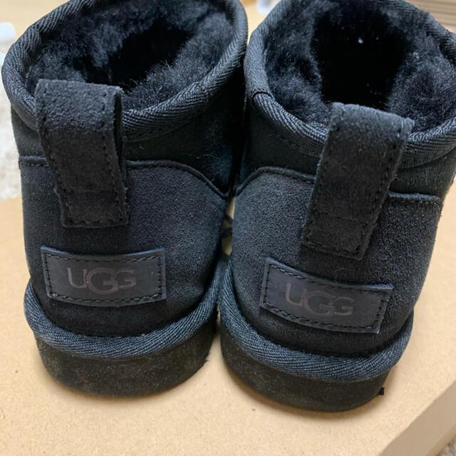 UGG(アグ)のUGG ウルトラミニ 25.0cm ブラック レディースの靴/シューズ(ブーツ)の商品写真