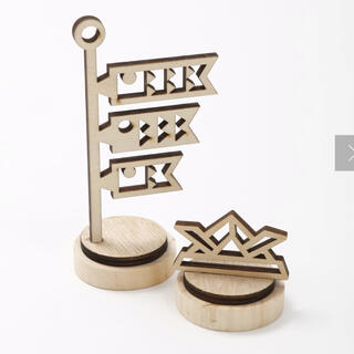 スリーコインズ(3COINS)の3COINS スリーコインズ こどもの日の置き飾り① こいのぼり 兜 木製(置物)