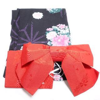 シマムラ(しまむら)の■しまむら 浴衣(黒 花柄)作り帯(赤)レディース F セット(浴衣)