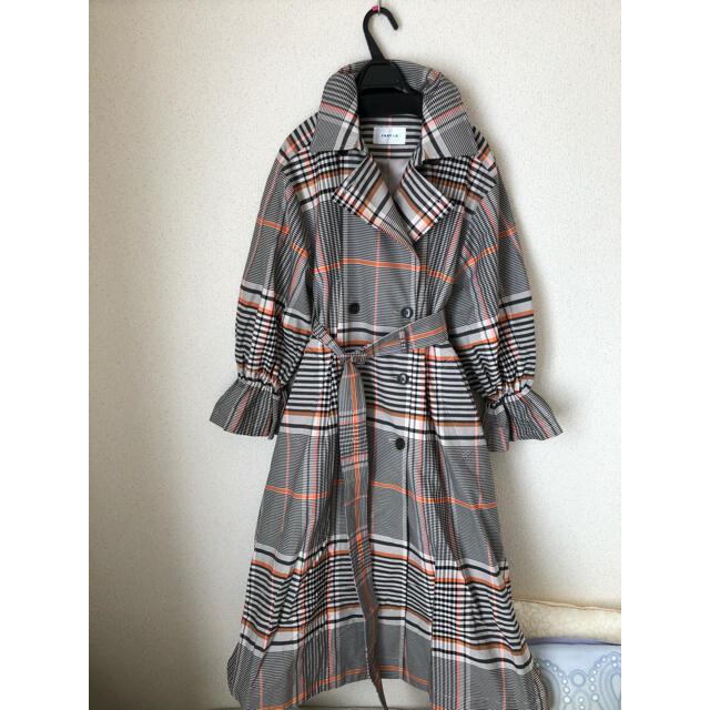 FRAY I.D(フレイアイディー)の美品 フレイID トレンチコート レディースのジャケット/アウター(トレンチコート)の商品写真