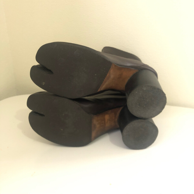 Maison Martin Margiela(マルタンマルジェラ)のMaison Margiela メゾン マルジェラ 足袋ブーツ 初期 アーカイブ レディースの靴/シューズ(ブーツ)の商品写真