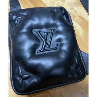 LOUIS VUITTON - 最終値下げ ヴィトン   アシンメトリカルスリングバッグ ヴァージル バッグ