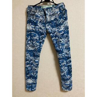 オフホワイト(OFF-WHITE)のOFF-WHITE Tapestry-print Denim Jeans(デニム/ジーンズ)
