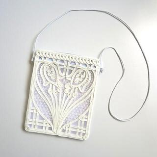 マメ(mame)のmameコード刺繍ショルダーバッグ⭐︎新品未使用(ショルダーバッグ)