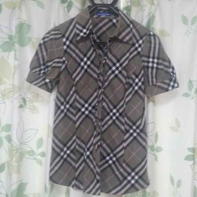 BURBERRY(バーバリー)のバーバリーブルーレーベル ブラウス レディースのトップス(シャツ/ブラウス(半袖/袖なし))の商品写真