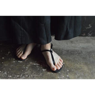 フットザコーチャー(foot the coacher)のbeautiful shoes  barefoot sandals black(サンダル)