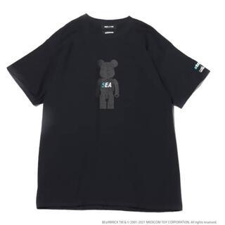 アトモス(atmos)のアトモス ウィンダンシー  ベアブリック コラボTシャツ黒 L(Tシャツ/カットソー(半袖/袖なし))