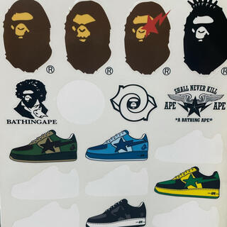 A BATHING APE - A BATHING APE ステッカー