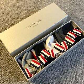 トムブラウン(THOM BROWNE)のTHOM BROWNE  トムブラウン  靴下  5枚组(ソックス)