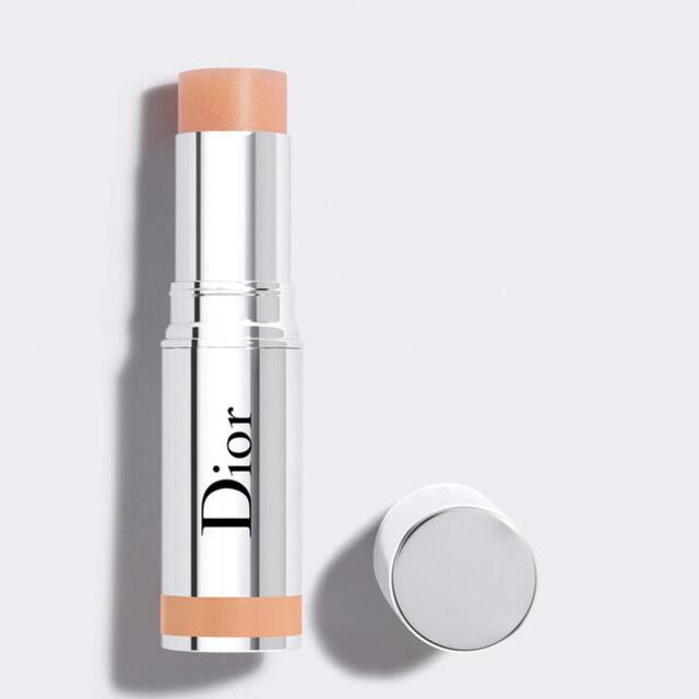 Christian Dior(クリスチャンディオール)のディオール スティック グロウ 限定品 445 ゴールデンヘイズ 新品未使用 コスメ/美容のベースメイク/化粧品(フェイスカラー)の商品写真