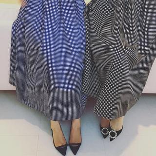ツルバイマリコオイカワ(TSURU by Mariko Oikawa)のTSURU by Mariko Oikawa Parish スカート ネイビー(ロングスカート)