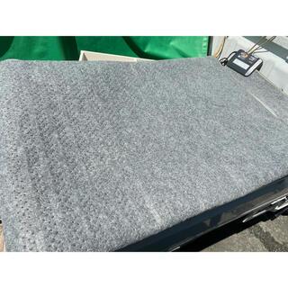 ヤマゼン(山善)の3畳 ホット 電気 カーペット 2017年製 ヤマゼン 小さくたためる(ホットカーペット)