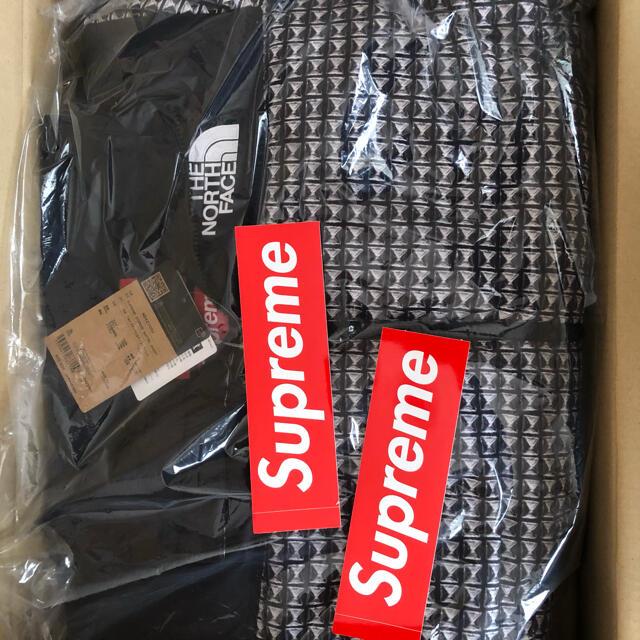 Supreme(シュプリーム)のSupreme The North Face Nuptse シュプリーム メンズのジャケット/アウター(ダウンジャケット)の商品写真