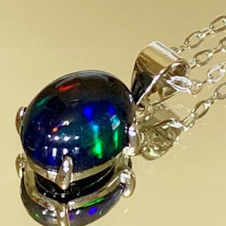 天然石 宝石質 エチオピア産ブラックオパール ネックレス☆(ネックレス)
