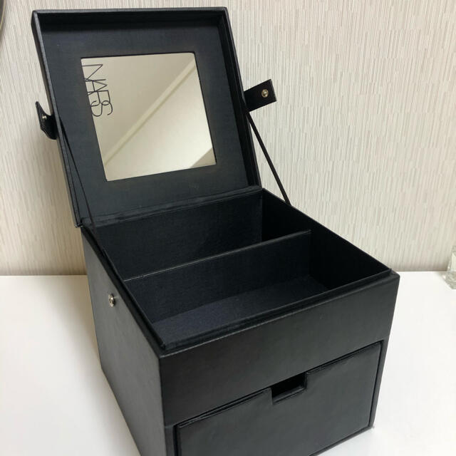 NARS(ナーズ)のNARS メイクボックス ノベルティー 非売品 コスメ/美容のメイク道具/ケアグッズ(メイクボックス)の商品写真
