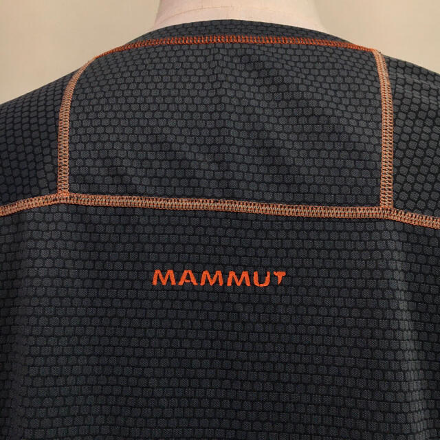 Mammut(マムート)のMAMMUT マムート◆スポーツ シャツ ウェア グレー  XXLサイズ スポーツ/アウトドアのアウトドア(登山用品)の商品写真