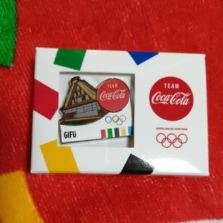 コカ・コーラ - コカ・コーラ オリンピック タオルとピンバッジ
