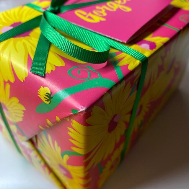 LUSH(ラッシュ)のLUSH Gorgeous  コスメ/美容のボディケア(入浴剤/バスソルト)の商品写真