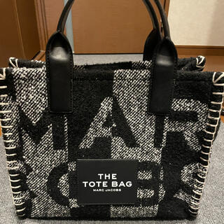 MARC JACOBS - THE BLANKET SMALL TRAVELER TOTE BAG