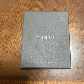 THREE - THREE スリー シマリンググローデュオ 01