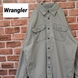 ラングラー(Wrangler)の《ラングラー》グレー ビッグサイズ 長袖シャツ ダブルポケット(シャツ)