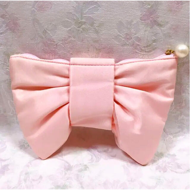 Maison de FLEUR(メゾンドフルール)の♡らら様 専用♡ 4月16日までお取り置き レディースのファッション小物(ポーチ)の商品写真