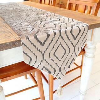 テーブルランナー タッセル付き(180×33cm, ベロア調 ライトブラウン)(ローテーブル)