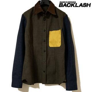 イサムカタヤマバックラッシュ(ISAMUKATAYAMA BACKLASH)の美品 バックラッシュ カンガルーレザー カラー 切替 ウール シャツ M(シャツ)