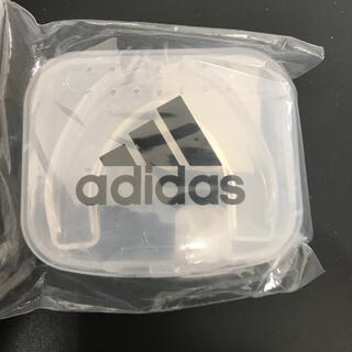 アディダス(adidas)の【送料無料】アディダス(adidas) シングル マウスピース シニア(フリー)(ボクシング)