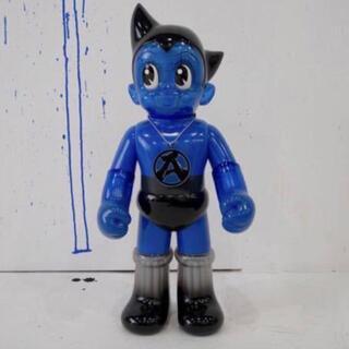 シークレットベース(SECRETBASE)のBIG SCALE 鉄腕アトム Sneakerwolf Blue (キャラクターグッズ)