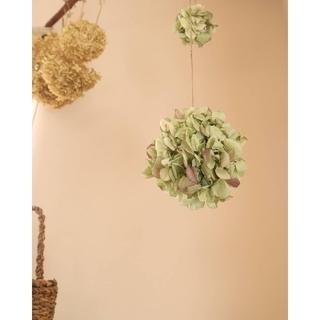 春から初夏に飾りたいアンティーク紫陽花のフラワーボール。紫陽花ドライフラワー(ドライフラワー)