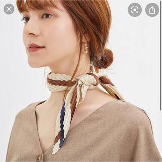 ジーユー(GU)のGU  プリーツスカーフ(バンダナ/スカーフ)